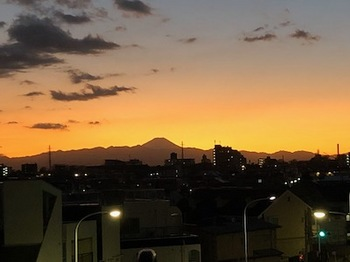2019Dec31-Sunset2 - 1.jpeg