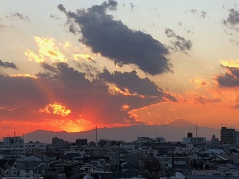 2020Dec25-Sunset4 - 1.jpeg