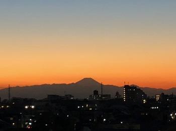 2020Dec26-Sunset3 - 1.jpeg
